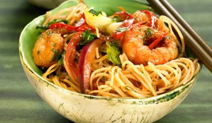 Rice noodles with prawns recipe