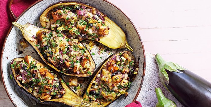 Main Dish: Baked aubergines with olives and breadcrumbs recipe